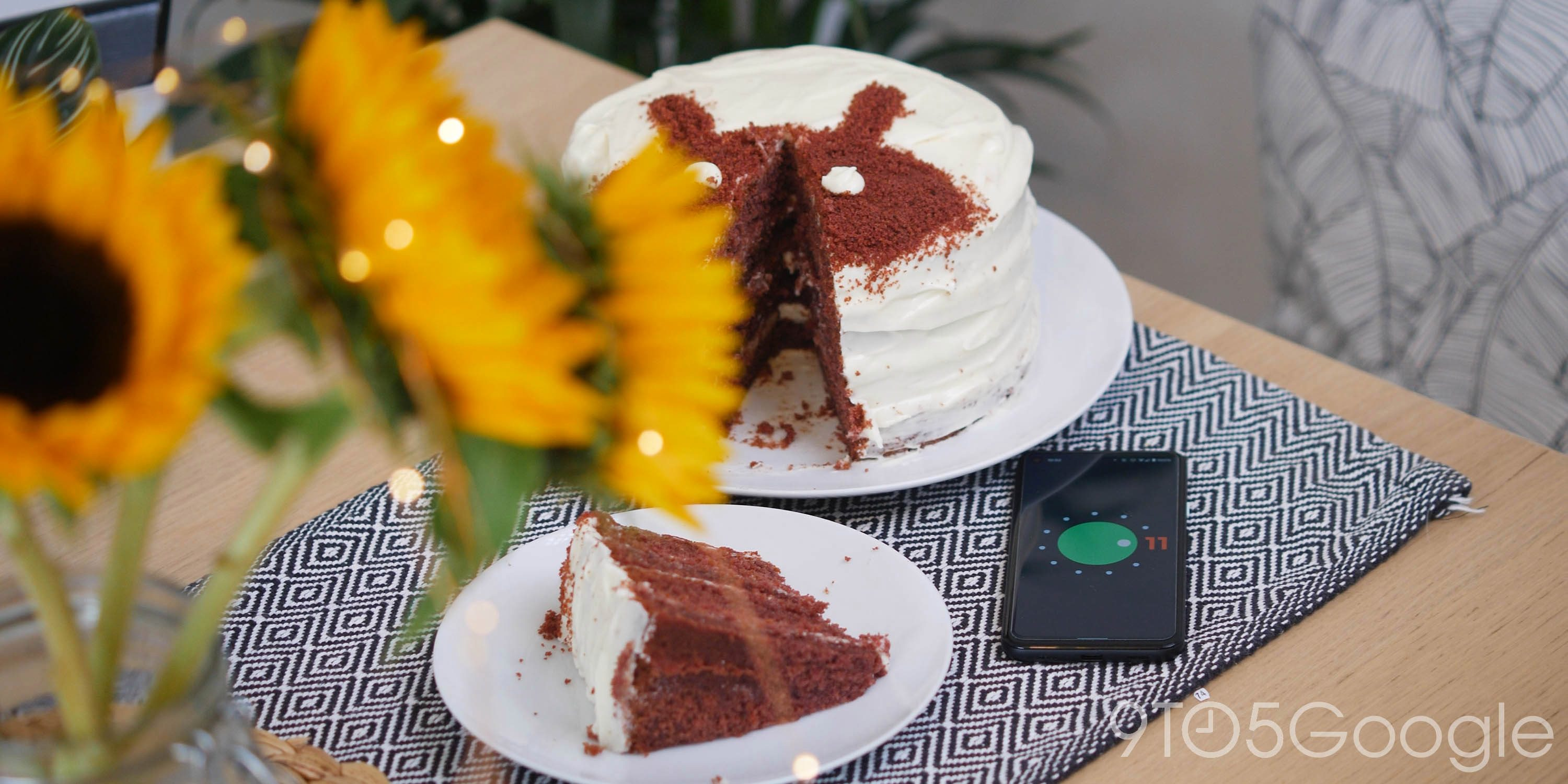 We made Google's official Android 11 Red Velvet Cake recipe