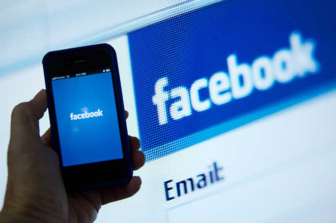Facebook awards $10K for finding bug in its Android app