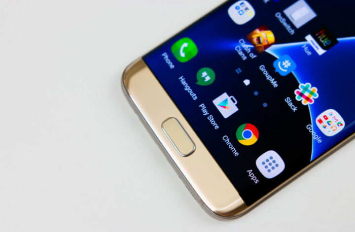 The Galaxy S7 series is getting an update with a security patch.